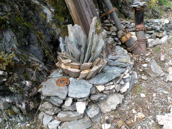 Rock arrangement.