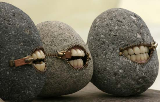 Rocks with zippers and teeth