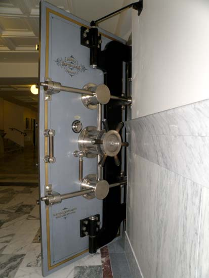 Front side of the Lobbyists safe door.